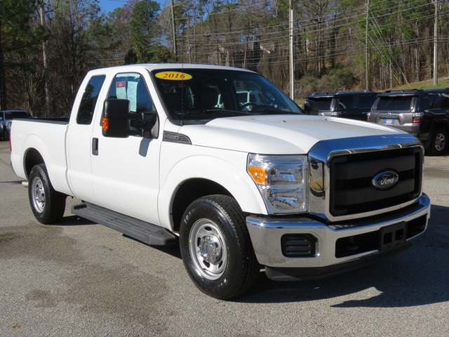 Pre-Owned 2016 Ford F-250SD XL RWD Long Bed