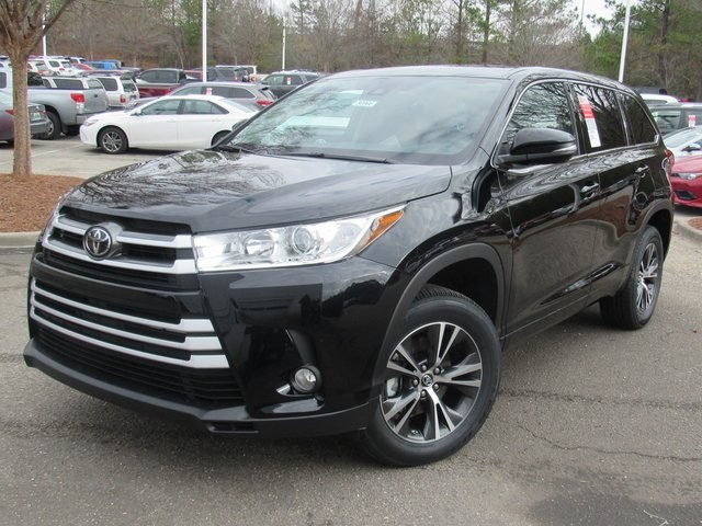new 2017 toyota highlander le plus 4d sport utility in hoover 50966 hoover toyota. Black Bedroom Furniture Sets. Home Design Ideas
