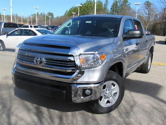 new 2017 toyota tundra sr5 4d crewmax in hoover 51207 hoover toyota. Black Bedroom Furniture Sets. Home Design Ideas