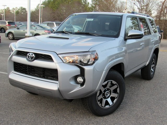 New 2017 Toyota 4Runner TRD Off-Road 4D Sport Utility in ...