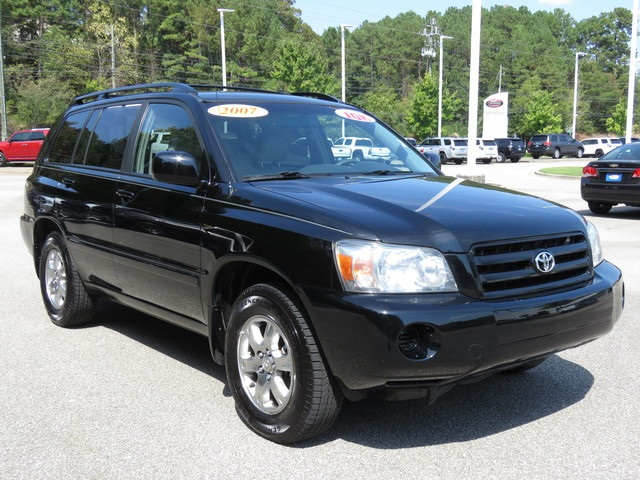 Pre-Owned 2007 Toyota Highlander FWD 4D Sport Utility